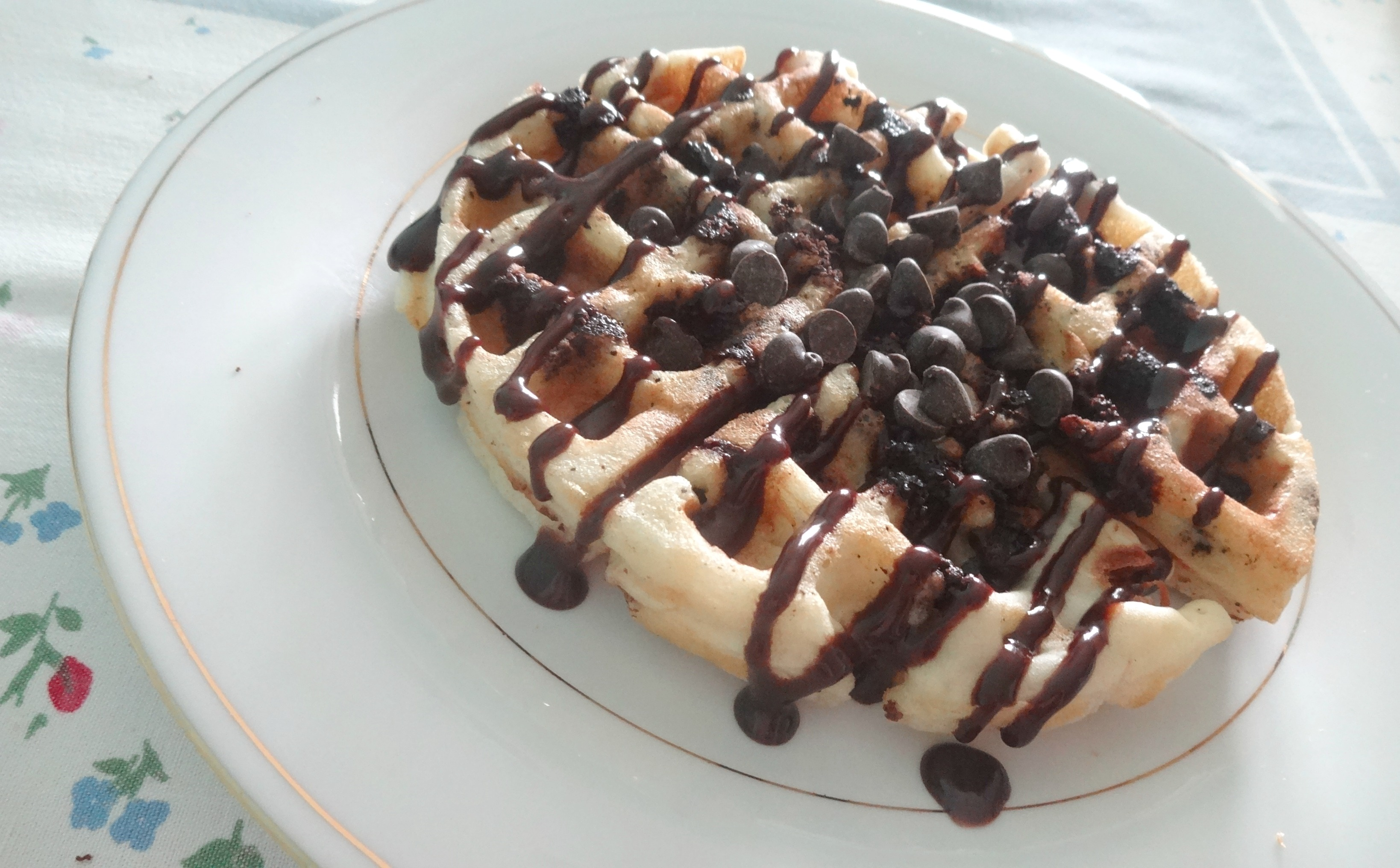 Drizzle with chocolate and